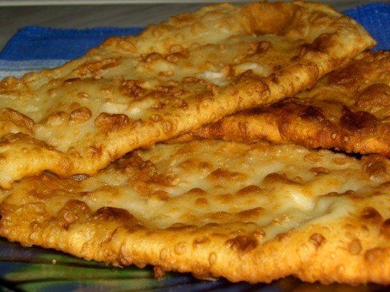 Фото к рецепту чебуреков с мясом